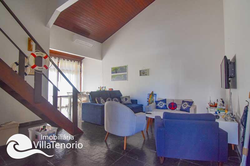 Apartamento triplex para vender no Saco da Ribeira em Ubatuba-SP
