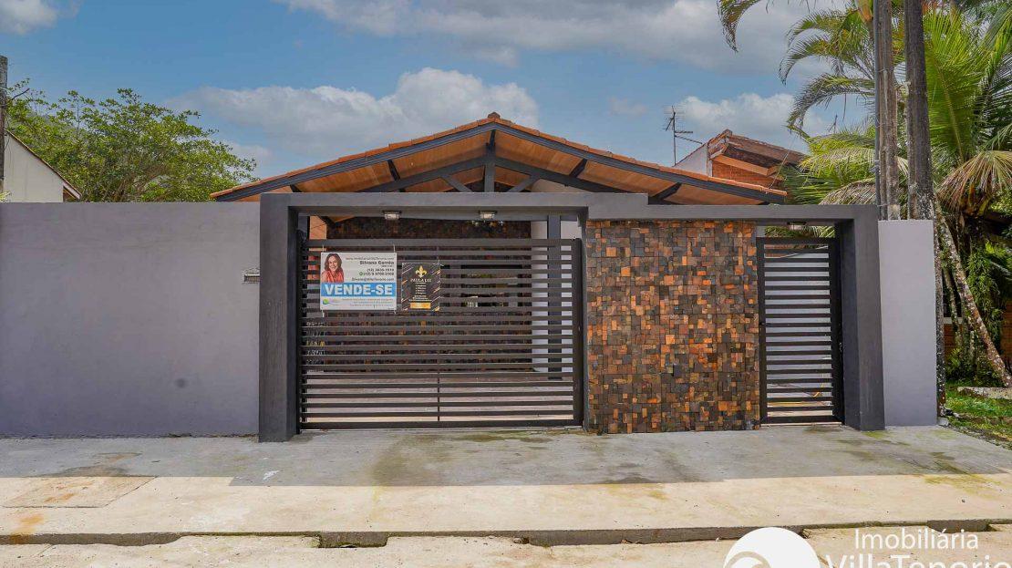 Linda casa a venda na praia das toninhas em Ubatuba