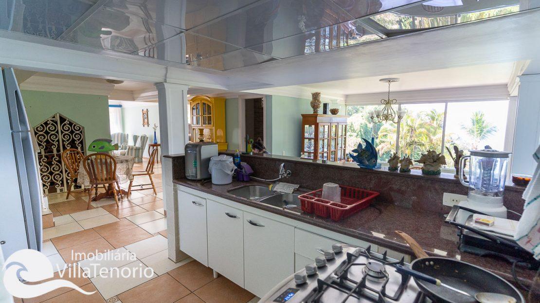 Casa condominio vista do mar Ubatuba Venda -28