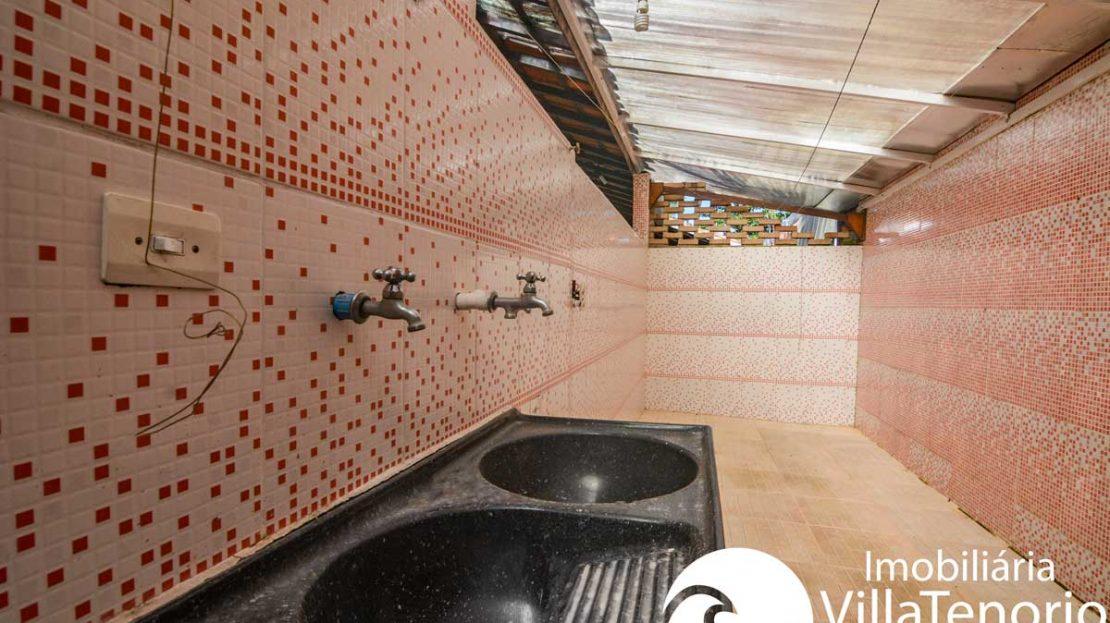 Casa-para-vender-parque-viva-mar-ubatuba-lavanderia