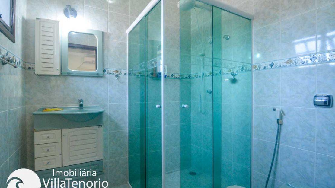 Casa-venda-centro-ubatuba-banheiro-suite