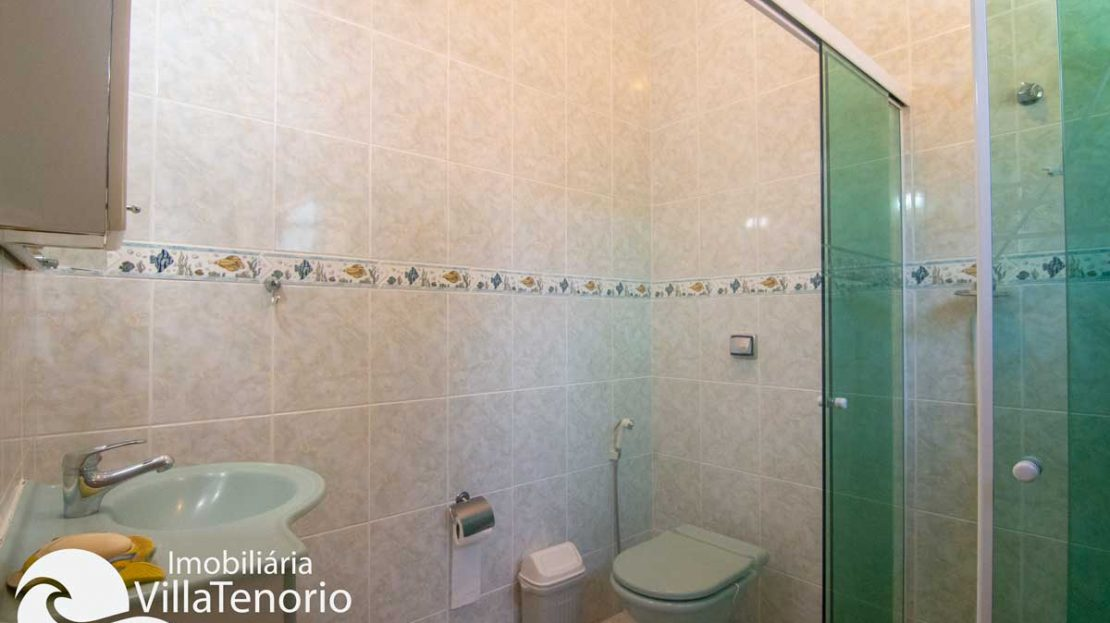 Casa-venda-centro-ubatuba-banheiro-suite-2