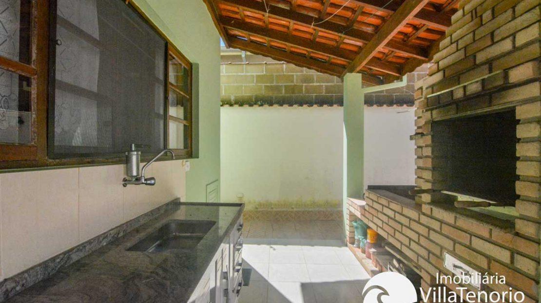 Casa-venda-centro-ubatuba-churrasqueira