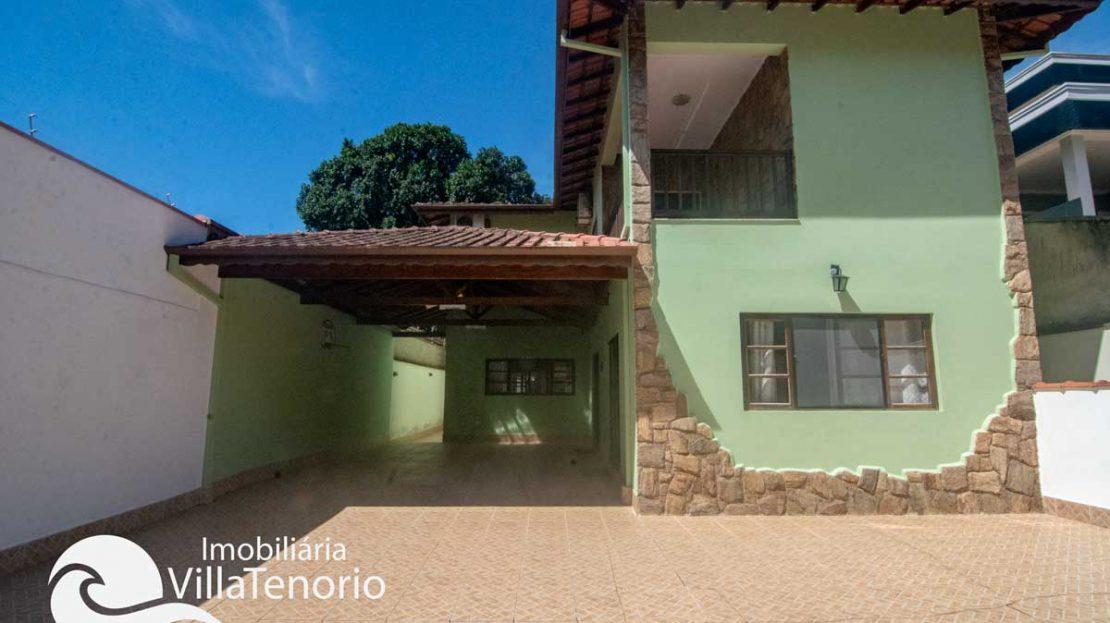 Casa-venda-centro-ubatuba-frente2