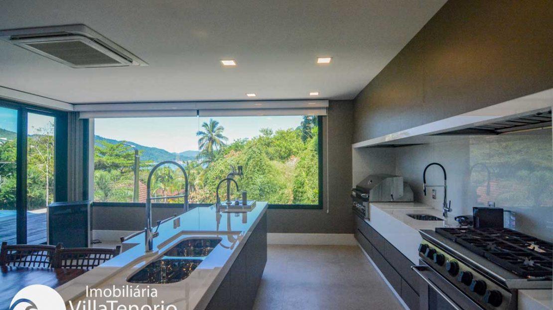 Casa-venda-santa-rita-ubatuba-cozinha2_