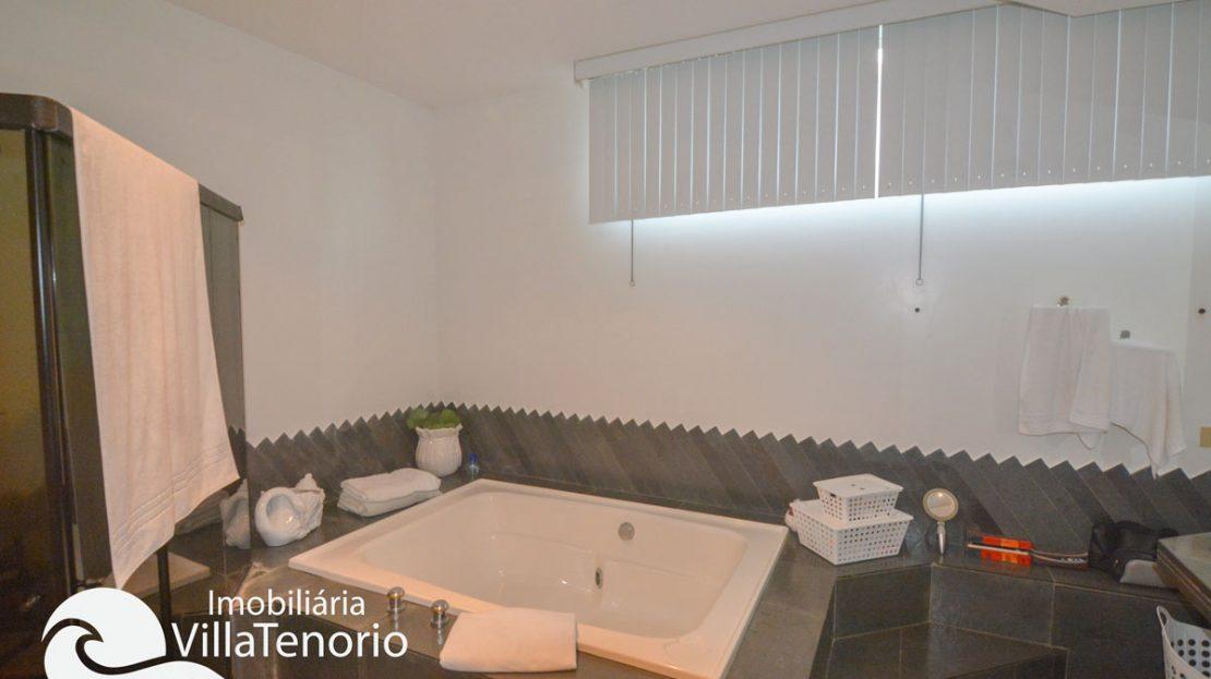 Casa_venda_toninhas_ubatuba_banheira