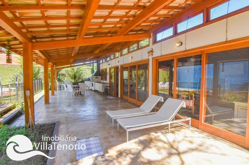 Casa alto padrão para vender na Praia de Itamambuca em Ubatuba-SP