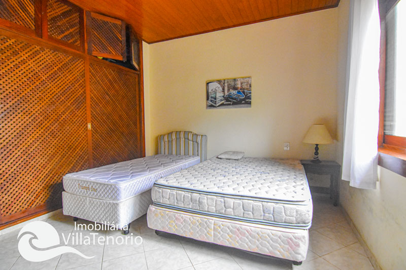 Casa para vender em condomínio fechado, Praia do Lazaro em Ubatuba-SP