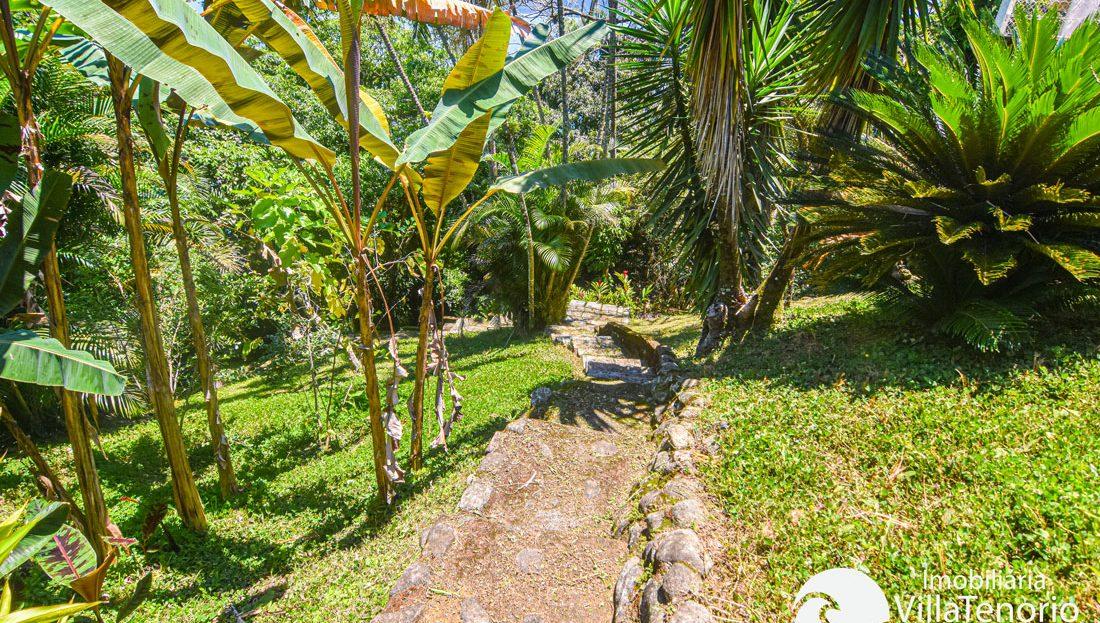 Casa Alto Padrão para vender na Ponta Grossa em Ubatuba-SP